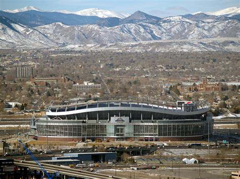 denver broncos football stadium