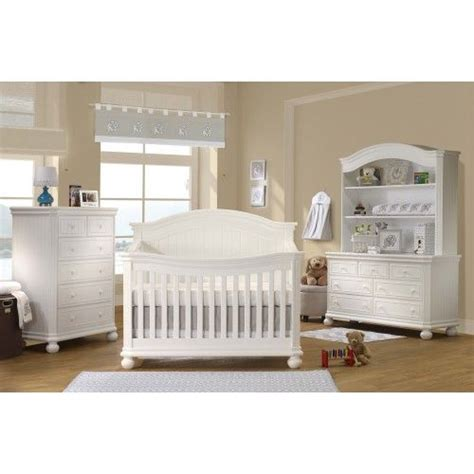 How Much Does A Crib Weigh by Sorelle Finley 4 In 1 Convertible Crib In White Drawers