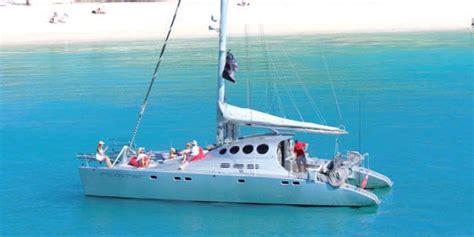 luxury catamaran charter whitsundays luxury sailing catamaran ricochet hamilton island