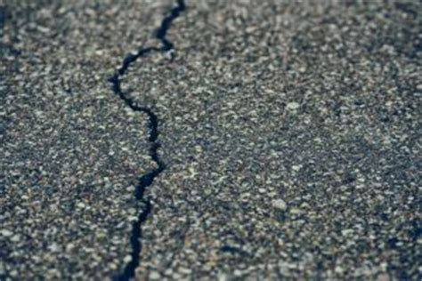 transversethermal cracking  asphalt pavement