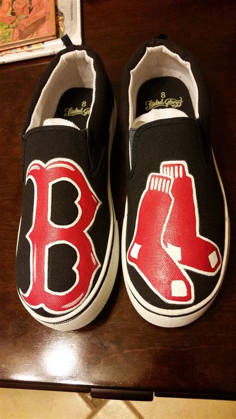 acrylic paint for shoes boston sox painted shoes i use acrylic paints and