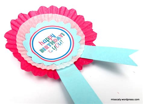 How To Make A Paper Badge - printable diy birthday badge miss caly