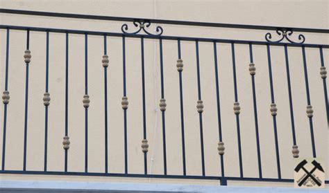 balaustre in ferro battuto per interni ringhiera balcone in ferro battuto to23 187 regardsdefemmes