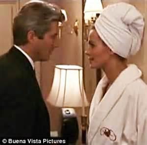 pretty woman bathtub scene emma roberts has a pretty woman moment in white bathrobe daily mail online