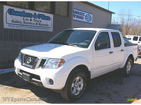 manual cars for sale 2012 nissan frontier electronic throttle control 2012 nissan frontier sv crew cab 4x4 in avalanche white 423263 nysportscars com cars for