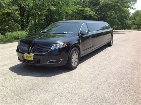 lincoln limousine low 2013 lincoln mkt limousine for sale