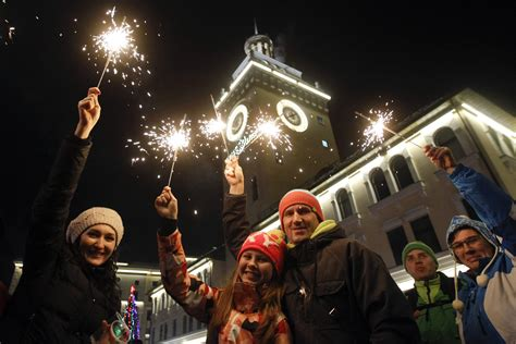 how many countries celebrate new years 28 images