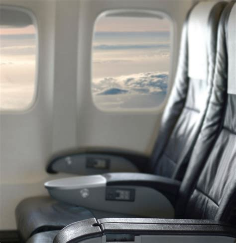 how to get window seat in flight getting up for the bathroom on plane airplane seat etiquette