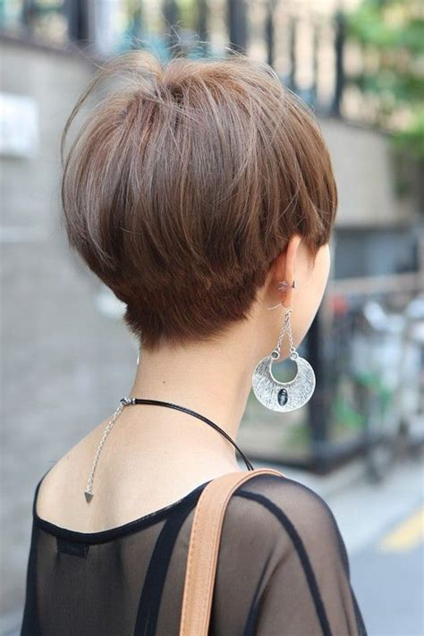 front and back view of blunt hairstyles zero degree short straight haircut for asian women back view of