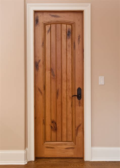 Timber Interior Doors Interior Door Custom Single Solid Wood With Light Knotty Alder Finish Classic Model Dbi