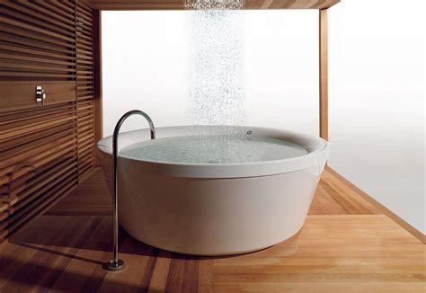 Badewanne Als Dusche 1840 by Sonderformen Bad Und Sanit 228 R Wannen Baunetz Wissen