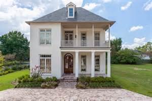 Interior Decorators Favorite Paint Colors Picking An Exterior Paint Color Domestic Imperfection