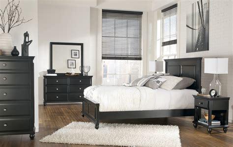owingsville panel bedroom set b580 81 96 furniture