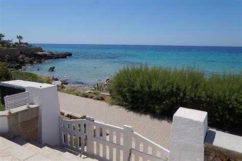 minorca appartamenti sulla spiaggia aparthotel vistamar alloggio vista mare sulla spiaggia di