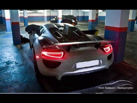 Porsche 918 Engine Sound by Three Porsche 918 Spyder In A Hotel Awesome Sound Youtube