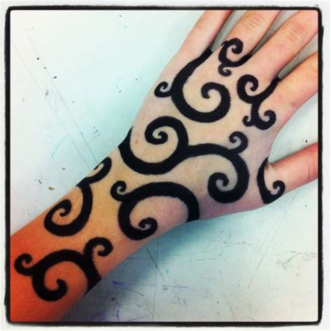 how to make a temporary tattoo with sharpie sharpie pencil and in color