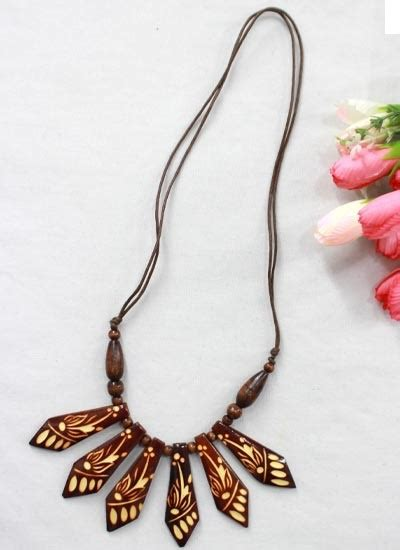 Kalung Tali Unik Murah kalung tali tarik kayu ukir kalung etnik murah