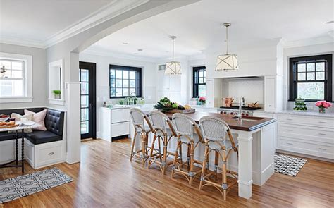 Bistro Style Kitchen with Breakfast Nook   Home Bunch