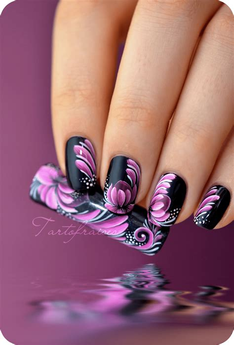Nail Art Tutorial Zhostovo | nail art zhostovo fleur de lotus tartofraises