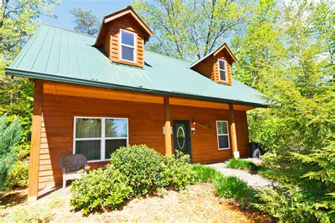 Rent A Cabin In Helen Ga by Rustic Charm In A Setting