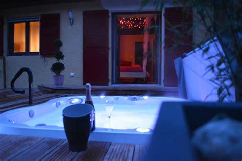 chambre avec spa des fees nuit d amour