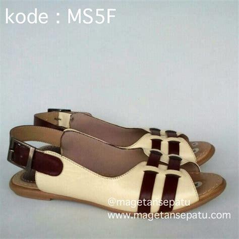 Sandal Rotan Kode A 5 jual sandal kulit wanita asli kode ms5f sepatu kulit magetan