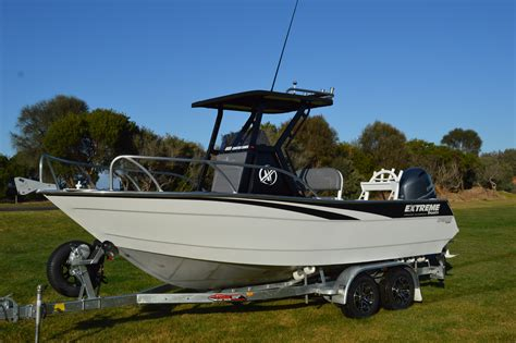 huge center console boats extreme 605 center console fishing boat