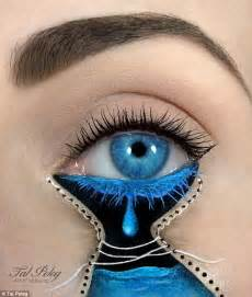 eye on design artist tal peleg who paints scenes on eyelids now