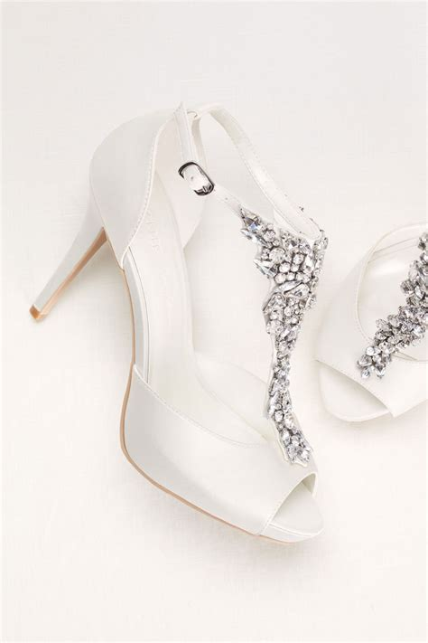 Where To Shop For Bridal Shoes by Wedding Shoes Style Inspiration Tips Trends 2017