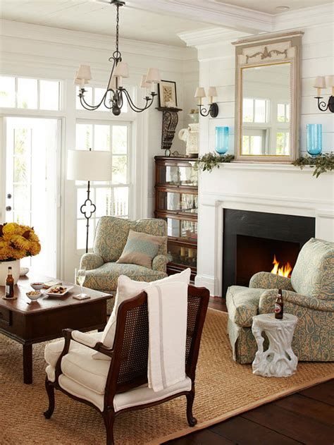 bhg living rooms updated antiquity