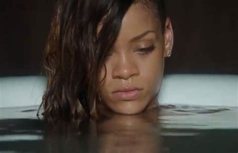 rihanna bathtub rihanna is make up free in the bath for stay music video