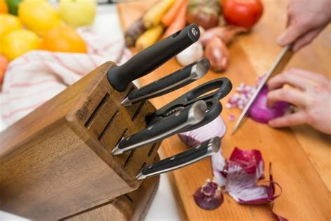 how to choose the best kitchen knife set buyer s guide how to choose the best kitchen knife set buyer s guide