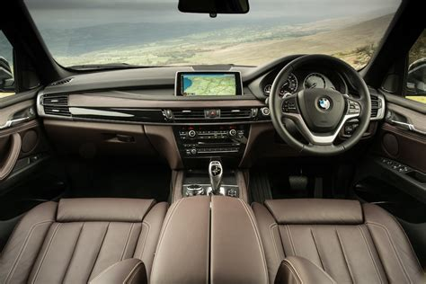 bmw x5 inside bmw x5 30d uk car of the year awards