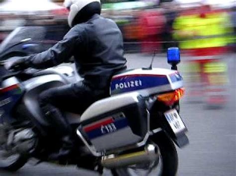Polizei Motorrad Videos by Motorrad Polizei Wien Youtube