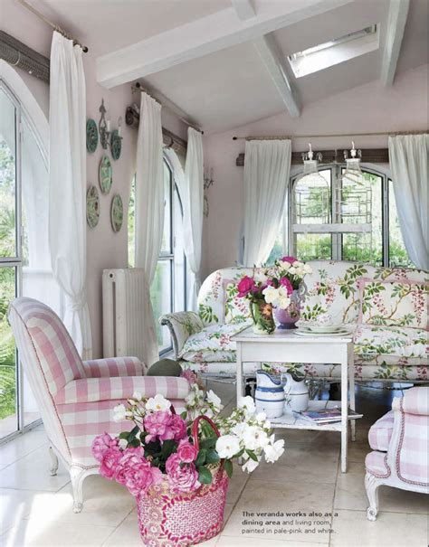 chic provence country chic at home in provence interiors by color
