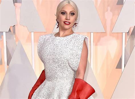 Oscar 2015 12 De Las Mejores Vestidas De La Alfombra Roja Tele 13 Las Mejores Y Peores Vestidas De Los Premios Oscar 2015 Boston S Hispanic Community