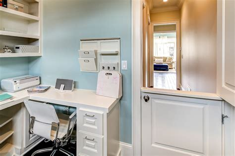 Transform your Garage into a Home Office Haven   Sayeh