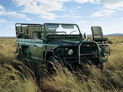 land rover safari image gallery land rover safari vehicle