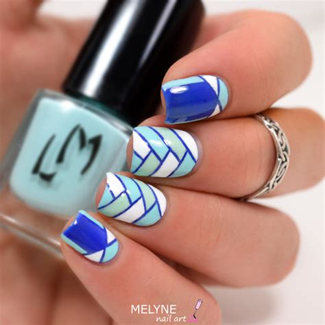 Striping Nailart nail striping melyne nailart