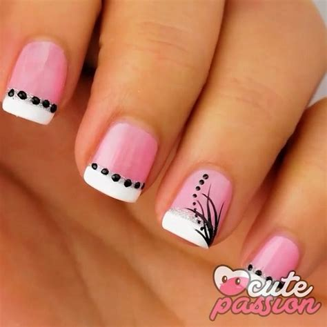 Dark Line On Fingernail by 25 Cute Pink Nail Designs For 2016 Pretty Designs