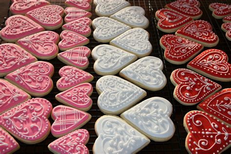 valentines day cookies happy valentine s day cookies tutorial cake cupcakes and