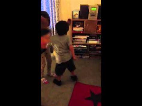 girl twerking in bathroom kid caught dancing while cooking funny af doovi