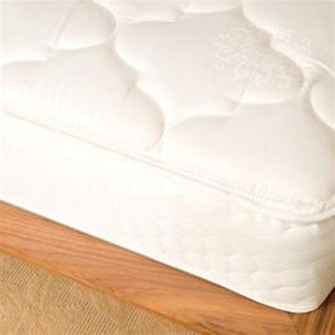How To Get Odor Out Of Mattress by How To Get A D Musty Smell Out Of A Mattress The O