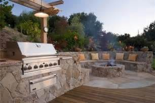 Built In Firepit Outdoor Kitchen With Built In Pit And Seating Manteresting