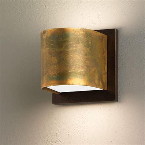 applique a muro applique da muro lola 9x11xh9 cm in ottone ossidato con
