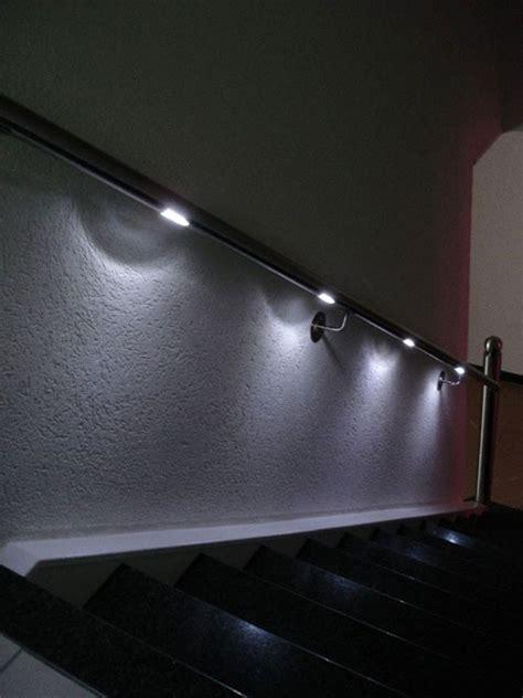 Beleuchtung Im Handlauf by Handlauf Mit Ledbeleuchtung Beispiele Im Innenbereich