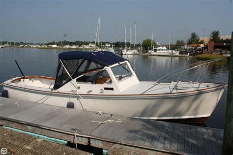 dyer 29 boat 1974 dyer 29 flushdeck power boat for sale in warren ri