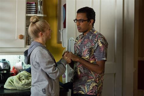 eastenders 2016 why is nancy leaving eastenders himesh patel reveals guilt at leaving tamwar