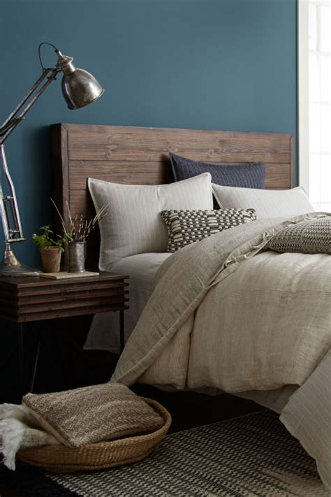 bedroom paint colors joanna gaines bews2017