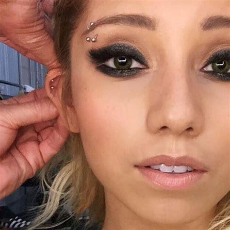 Barbel Tindik Kirstin Maldonado Eyebrow Helix Cartilage Piercing